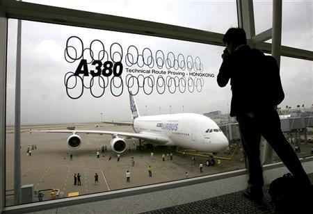 Airbus Takes Media For A Spin On A380 Reuters