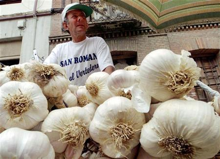 Garlic does not lower cholesterol: study - Reuters