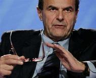 <p>Il ministro dello Sviluppo Economico Pierluigi Bersani. REUTERS/Remo Casilli (ITALY)</p>