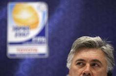 <p>L'allenatore del Milan Carlo Ancelotti. REUTERS/Kim Kyung-Hoon (JAPAN)</p>