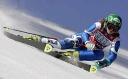 <p>Denis Karbon durante lo slalom gigante a Ofterschwang. REUTERS/Dominic Ebenbichler</p>