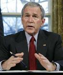 <p>Il presidente Usa George W. Bush. REUTERS/Jim Young (UNITED STATES)</p>