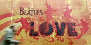 """<p>Una pubblicità di """"Love"""" su un muro di Londra. REUTERS/Toby Melville (BRITAIN)</p>"""