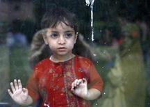 <p>Una bambina indiana in una foto d'archivio. REUTERS/Fayaz Kabli</p>
