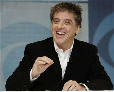 Craig Ferguson, host of CBS' ''The Late Late Show with Craig Ferguson'' answers reporters' questions during the Television Critics Association media tour in Pasadena, California January 18, 2006. REUTERS/Chris Pizzello