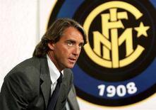 <p>L'allenatore dell'Inter Roberto Mancini. REUTERS/Daniele La Monaca</p>