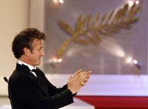 <p>Il presidente della giuria del Festival di Cannes Sean Penn ieri alla premiazione. REUTERSEric Gaillard</p>