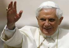 <p>Papa Benedetto XVI, il 28 maggio 2008. REUTERS/Dario Pignatelli (Città del Vaticano)</p>