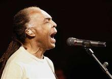 <p>Gilberto Gil durante un live a Valencia. REUTERS/Heino Kalis (SPAIN)</p>