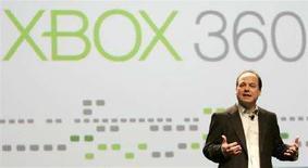 <p>Корпоративный вице-президент Microsoft Джон Шапперт на Конференции разработчиков компьютерных игр в Сан-Франциско 20 февраля 2008 года. Корпорация Microsoft Corp намерена снизить цены на игровую приставку Xbox 360 в США, говорится в сообщении корпорации. REUTERS/Robert Galbraith</p>