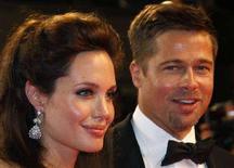 <p>Angelina Jolie e Brad Pitt a Cannes, il 20 maggio 2008. REUTERS/Vincent Kessler</p>