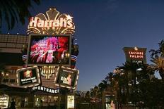 <p>Una immagine notturna dello Strip di Las Vegas. REUTERS/Las Vegas Sun/Steve Marcus/Files (UNITED STATES)</p>