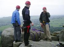 <p>Climbing experts at the British Antarctic Survey prepare to train scientists and other students at Baslow Edge in this September 17, 2008 file photo. REUTERS/Alister Doyle/Files</p>