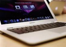 <p>Un MacBook Air REUTERS/Shannon Stapleton</p>
