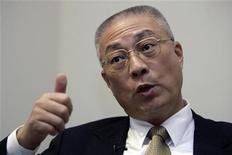 <p>Генеральный секретарь правящей Националистической партии Тайваня У Дэнь Их дает интервью во время саммита Рейтер в Тайбэйе 14 октября 2008 года. Китай тихо согласился заключить дипломатическое перемирие со своим давним политическим соперником Тайванем, открыв новую страницу в двусторонних отношениях, сообщил генеральный секретарь правящей Националистической партии острова У Дэнь Их. REUTERS/Pichi Chuang</p>