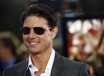"<p>Cast member Tom Cruise poses at the premiere of ""Tropic Thunder"" at the Mann's Village theatre in Westwood, California, August 11, 2008. The movie opens in the U.S. on August 13. REUTERS/Mario Anzuoni</p>"