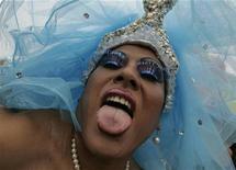 <p>Una drag queen durante il gay pride a Lima, in Perù. REUTERS/Pilar Olivares(PERU)</p>