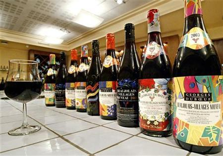 A glass of Beaujolais Nouveau wine, in this November 7, 2003 photo. REUTERS/Robert Pratta PP03110067