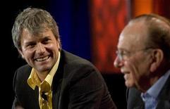 <p>Rupert Murdoch, a destra, con Chris DeWolfe. REUTERS/Kimberly White</p>