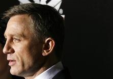 """<p>Ator britânico Daniel Craig no lançamento de """"Quantum of Solace"""" em Nova York. Filme de Bond bate recorde em bilheteria na América do Norte.REUTERS/Lucas Jackson</p>"""