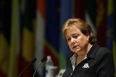 <p>La directora ejevutico de UNICEF, Ann Veneman, habla en una conferencia en Yokohama 30 mayo 2008. (ARCHIVO) La falta de fiscalización y la impunidad, pese a leyes más rígidas, continúan estimulando la explotación sexual de menores, por medio de tráfico humano, pornografía por internet y otros abusos, dijo la directora ejecutiva de la Unicef, Ann Veneman. REUTERS/Franck Robichon/Pool (JAPON)</p>