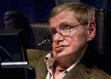 <p>Professor of mathematics at Cambridge University Stephen W. Hawking discusses theories on the origin of the universe in a talk in Berkeley, California, March 13, 2007. REUTERS/Kimberly White</p>