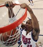 <p>David West dei New Orleans Hornets durante la partita All-Star della NBA a New Orleans a febbraio. REUTERS/Eric Gay/Pool</p>