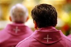 <p>Vaticano, esseri umani non sono solo un ammasso di cellule. REUTERS/Giampiero Sposito</p>
