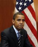 <p>O presidente eleito Obama falando à mídia REUTERS/Jeff Haynes (UNITED STATES)</p>