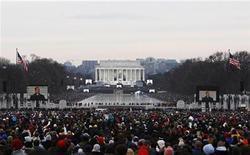 <p>La cerimonia al Lincoln Memorial in Washington. REUTERS/Mark Blinch</p>