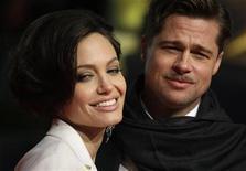 <p>I candidati all'Oscar Brad Pitt e Angelina Jolie. REUTERS/Hannibal Hanschke</p>