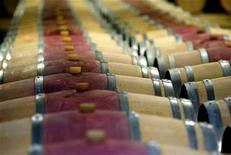 <p>Wine barrels are seen in Martillac, southwestern France, November 6, 2007. REUTERS/Regis Duvignau</p>