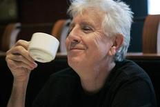 <p>Graham Nash smiles during an interview at a cafe in San Francisco, California, January 10, 2007. REUTERS/Kimberly White</p>
