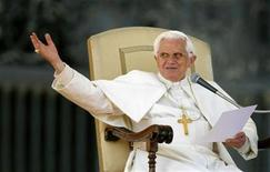 <p>Pope Benedict XVI waves as he leads his weekly audience in St. Peter's Square at the Vatican in this recent photo from March 11, 2009. REUTERS/Alessia Pierdomenico</p>