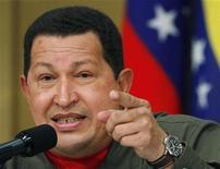 <p>Президент Венесуэлы Уго Чавес на пресс-конференции в Токио 7 апреля 2009 года. Президент Венесуэлы Уго Чавес поддержал призыв президента США Барака Обамы к миру в 21 веке, добавив, что США должны извиниться перед Японией за атомные бомбардировки городов Хиросима и Нагасаки. REUTERS/Yuriko Nakao</p>