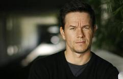 <p>Mark Wahlberg poses for a portrait in Beverly Hills, California October 12, 2008. REUTERS/Mario Anzuoni</p>