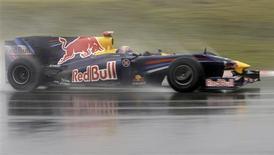 <p>Carro da Red Bull no Grande Prêmio da China. REUTERS/ Jason Lee</p>