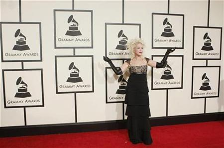 Cyndi Lauper arrives at the 50th Grammy Awards in Los Angeles February 10, 2008. REUTERS/Danny Moloshok
