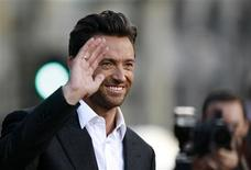 """<p>Cast member Hugh Jackman waves at an industry screening of """"X-Men Origins: Wolverine"""" at the Grauman's Chinese theatre in Hollywood, California April 28, 2009. The movie opens in the U.S. on May 1. REUTERS/Mario Anzuoni</p>"""