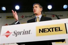 <p>Conferenza stampa presidente Sprint Nextel a New York. REUTERS/Mike Segar MS</p>