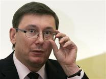 <p>Passablement éméché, le ministre ukrainien de l'Intérieur Iouri Loutsenko, a passé plusieurs heures au commissariat de police de l'aéroport de Francfort après avoir été empêché d'embarquer. /Photo d'archives/REUTERS/Konstantin Chernichkin</p>