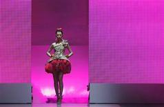 <p>A model presents a creation from the Christian Lacroix Spring/Summer 2009 Haute Couture collection at the Audi Fashion Festival in Singapore May 6, 2009. REUTERS/Vivek Prakash</p>