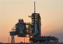 <p>Spazio, shuttle pronto al lancio per sistemare telescopio Hubble. REUTERS/Scott Audette</p>