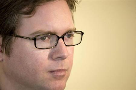 Biz Stone, Twitter co-founder, speaks during an interview in San Francisco, California May 18, 2009. REUTERS/Kimberly White