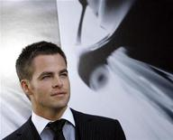 """<p>Cast member Chris Pine poses at the premiere of the movie """"Star Trek"""" at the Grauman's Chinese theatre in Hollywood April 30, 2009. REUTERS/Mario Anzuoni</p>"""