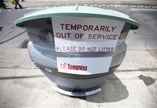 <p>A waste bin is seen taped up in Toronto June 22, 2009. Toronto garbage collectors, daycare workers and other municipal employees went on strike just after midnight on Monday in a contract dispute that could lead to a prolonged shutdown of important services in Canada's largest city. REUTERS/Mark Blinch</p>