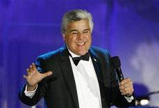 <p>Talk show host Jay Leno speaks on stage at the 17th Carousel of Hope Ball in Beverly Hills, California October 28, 2006. REUTERS/Mario Anzuoni</p>