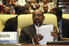 <p>Sudan's President Omar Hassan al-Bashir attends the opening of the African Union (AU) summit in Sirte, about 600km (370 miles) east of Tripoli, July 1, 2009. REUTERS/Ismail Zetouny</p>