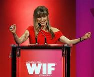 "<p>Director of the movie ""Twilight"" Catherine Hardwicke gestures after receiving The Dorothy Arzner Directors Award at the Women in Film 2009 Crystal and Lucy Awards in Century City, California June 12, 2009. The awards, presented by Women In Film, Los Angeles, honor outstanding women for their contribution to the entertainment industry. REUTERS/Mario Anzuoni</p>"