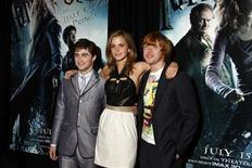 """<p>Actors (L-R) Daniel Radcliffe, Emma Watson, and Rupert Grint arrive for the premiere of """"Harry Potter and the Half-Blood Prince"""" in New York July 9, 2009. REUTERS/Jamie Fine</p>"""